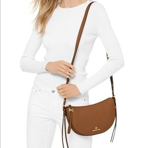 Michael Kors small messenger Crossbody